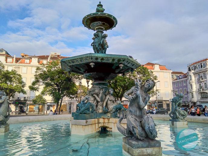 Lizbona fontanna na placu Rossio